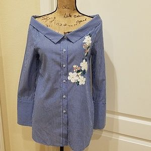 Cute pinstripe off shoulder button up top